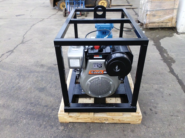 Ranger E0413 Diesel Powered Mud Supply Pump